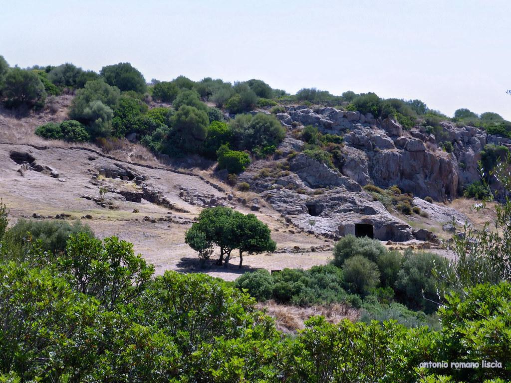 Domus de Janas, (3240-2360 ca. a.C.) panoramica