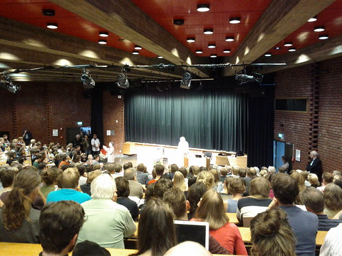 Noam Chomsky at the CSMN, University of Oslo