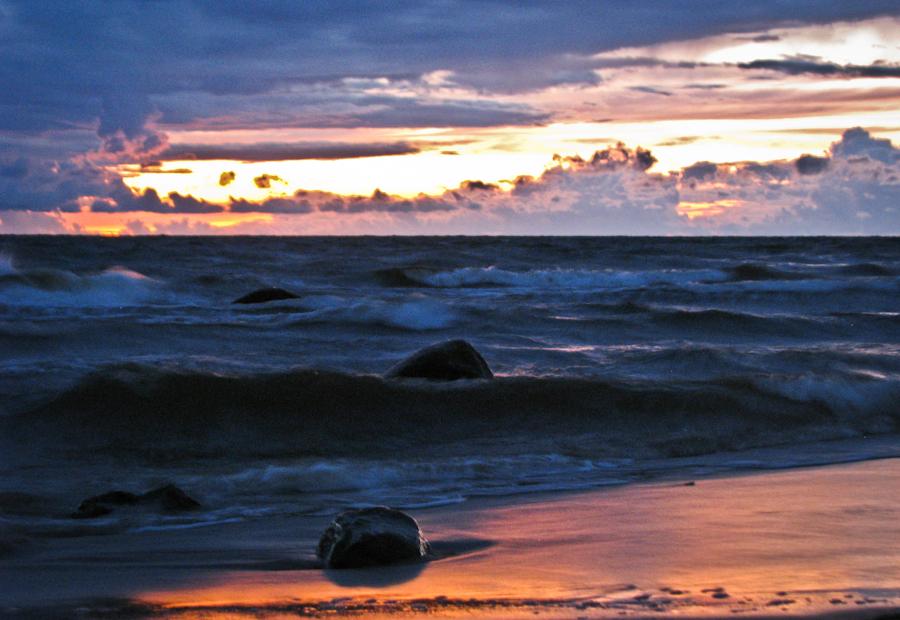 Ласковые тона, шорох волн и отражение ....светло,радостно,уютно!!! IMG_1997