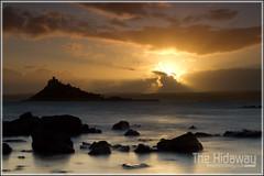 Sunset bay (Simon Bone Photography) Tags: longexposure sea sky cloud sun reflection beach silhouette cornwall smooth stmichaelsmount mountsbay cornishcoast canon1740mmlf4 cornishsunsets wwwthehidawaycouk cokinpfilters canoneos7d cokinndgrads hoyandx400 9stopfilter