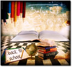 back to school (jesuscm) Tags: school pencil photoshop globe nikon books colegio imagination crayons libros et blackboard pizarra lapices globoterraqueo august2011 tatot saariysqualitypictures jesuscm phantasmata magicunicornverybest morningway hallglorymorningwaysep2011