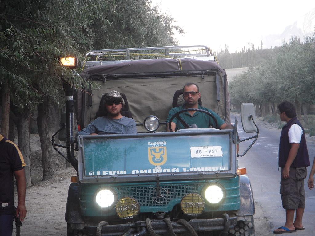 Team Unimog Punga 2011: Solitude at Altitude - 6127085103 427dab4804 b