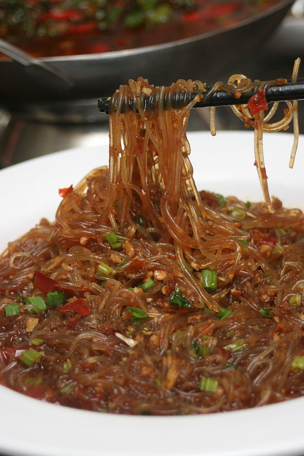 "蚂蚁上树 ""Ants Climbing the Tree"" - Mung Bean Vermicelli with Minced Pork"