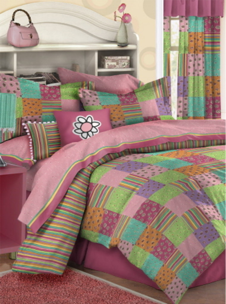 Girls World Bedding Set