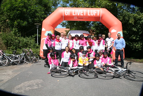 Cycling for a good cause 8