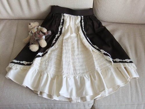 Classical Bustle Skirt Front