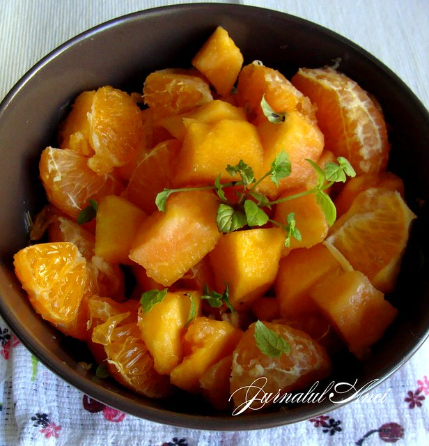 salata de mandarine cu papaya