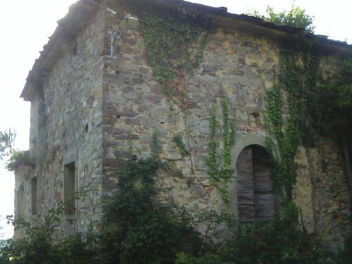 Prachtige ruine vlakbij Podere Conti