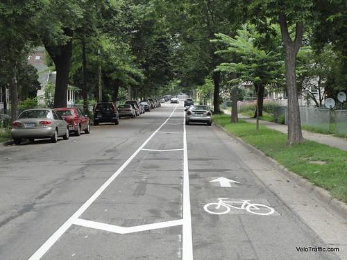 1st-Avenue-Bike-Lane-Parking-2