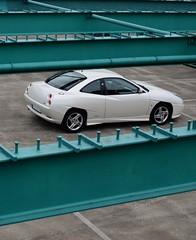 Between bars (v6rev) Tags: auto white car couple i5 fiat automotive turbo wit weiss bianco sportscar automobil machina kfz perlato 20vt