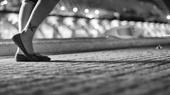 Luces y sombras XVII - Hora de levantar el vuelo (DurKeN) Tags: bw valencia pie noche takumar bokeh sony bn manual f18 mariposa pierna pantorrilla smctakumar5518 musicforoureyes nex5