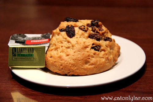 Fruit Scone, Muffin Break