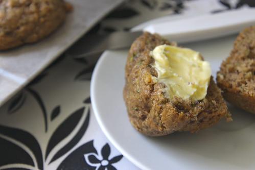 zucchini banana flaxseed muffins