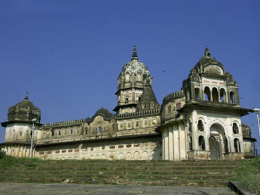 Храм Лакшми Нараян. Орчха, Мадхья Прадеш, Индия © Kartzon Dream - авторские путешествия, авторские туры в Индию, тревел видео, фототуры