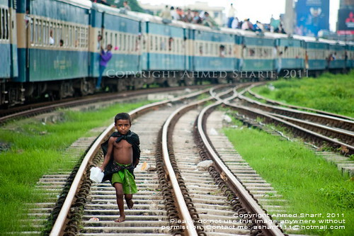 superman!!.... [Kamalapur Railway Station, Dhaka, Bangladesh]