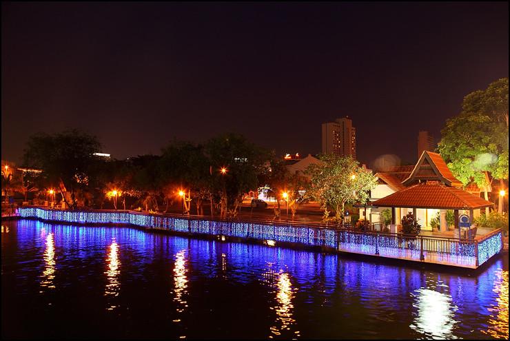 melaka-river-night