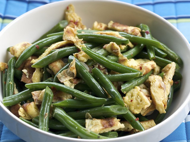 Stir Fry Green Beans 'n Eggs