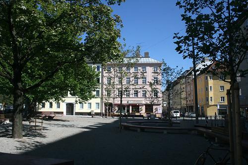 Platz an der Dachauer Straße, Höhe Schleißheimer Straße