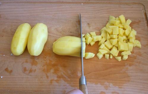 19 - Kartoffeln würfeln