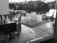 UK - London (Southbank) (xpgomes8) Tags: uk people blackandwhite bw london fountain view streetphotography southbank londres viewpoint urbanphotography blancetnoir jeppehein londonscapes appearingrooms