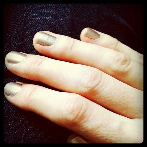 Gilded nails: Those Sally Hansen polish strips actually work! Thx to @doorsixteen for the tip.