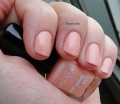 Peach Melba - Beauty UK (Francirocks) Tags: uk beauty peach melba