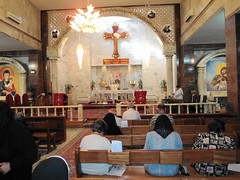"""Gottesdienst in Kirkuk • <a style=""""font-size:0.8em;"""" href=""""http://www.flickr.com/photos/65713616@N03/6035113910/"""" target=""""_blank"""">View on Flickr</a>"""