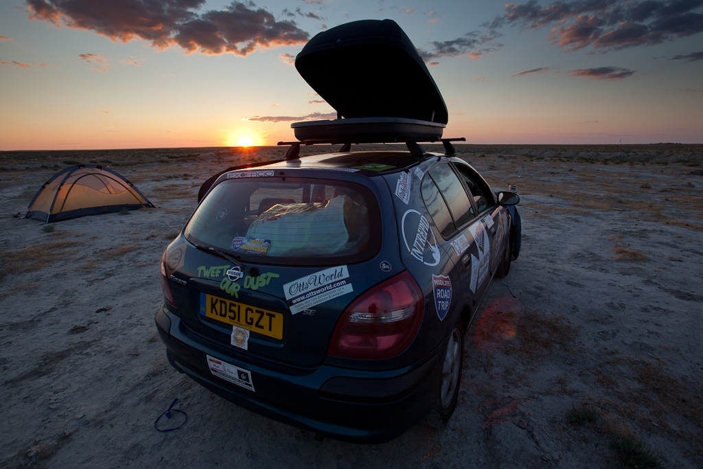 mongol-rally-car-sunset