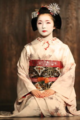 Japanese beauty (Teruhide Tomori) Tags: japan dance kyoto stage traditional maiko   gion miyagawacho   earthasia toshimana  blinkagain