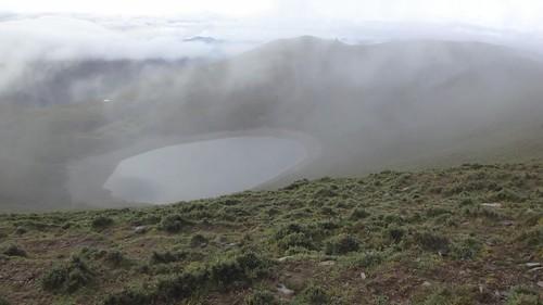 雲霧飄渺的嘉明湖-雲散