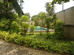 View of the pool from the entrance (Expatkey Properties Sri Lanka) Tags: b95