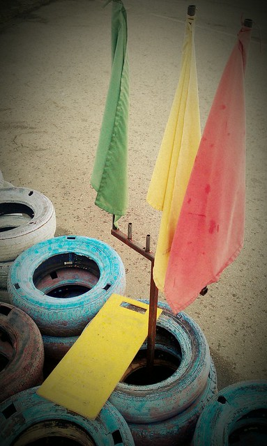 5 Gokarting flags Batam Harris
