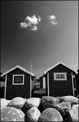 Kivik harbour (Ulf Bodin) Tags: blue sky cloud skne sweden harbour himmel sverige scania bl hamn kivik sjbod mpln