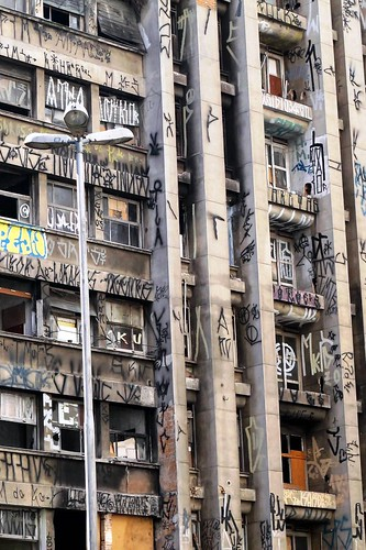 Sao Paulo Pixação by LoisInWonderland