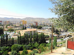 "Blick auf Dohuk • <a style=""font-size:0.8em;"" href=""http://www.flickr.com/photos/65713616@N03/6035225286/"" target=""_blank"">View on Flickr</a>"