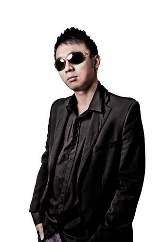 DJ FM lo