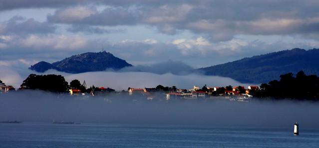 Néboa na ría de Vigo
