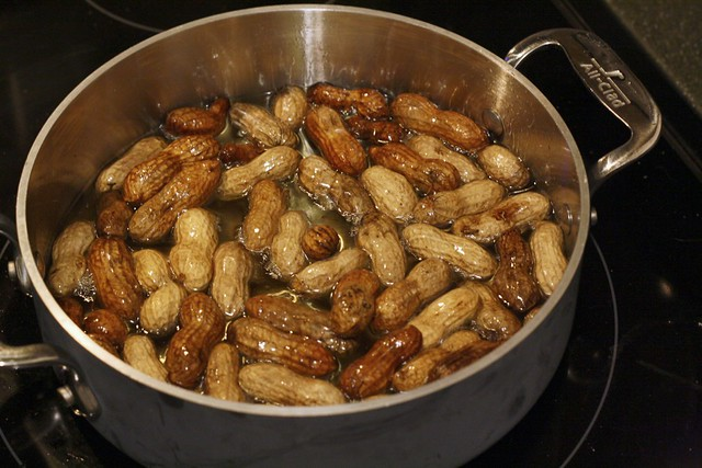 Deep Frying Peanuts