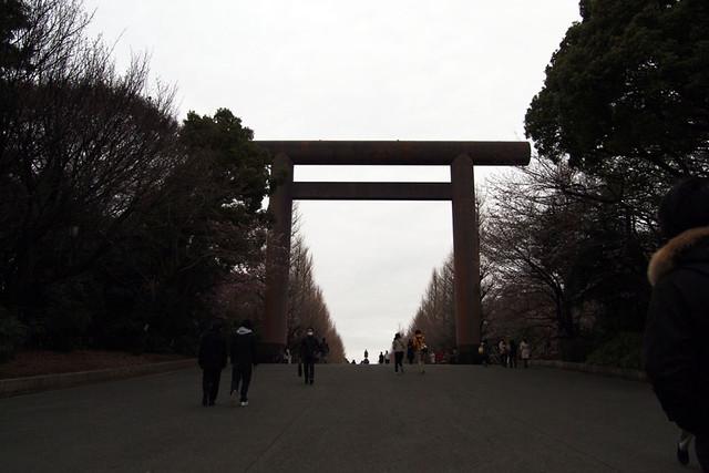 110403_114505_靖国神社