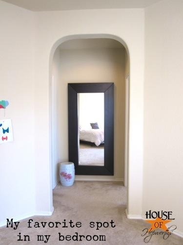 master_bedroom_white_bedding_10