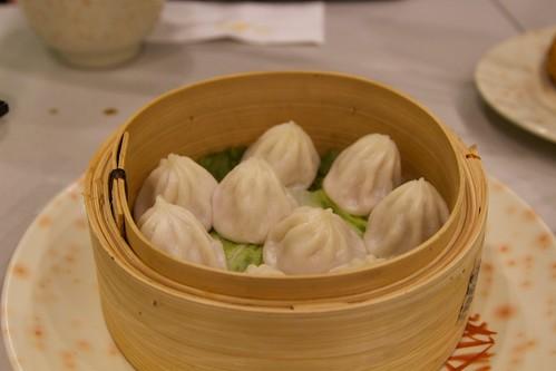 Steamed shanghai pork mini bun