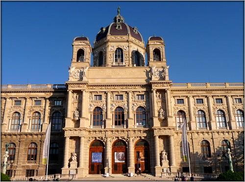 Kunsthistorisches Museum Wien by Ginas Pics
