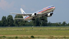 American Airlines B767 takes off from Budapest Liszt Ferenc Airport (KristofCs) Tags: usa airplane budapest jfk american bud airlines 169 takeoff runway 767 widebody ferihegy oneworld b767 13l lhbp felszlls n352aa