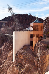 Hoover Dam Visitors Center (James Marvin Phelps) Tags: print poster photography dam nevada hooverdam lakemead mojavedesert blackcanyon lakemeadnationalrecreationarea bureauofreclamation mandj98 jmpphotography jamesmarvinphelps visitorscenter