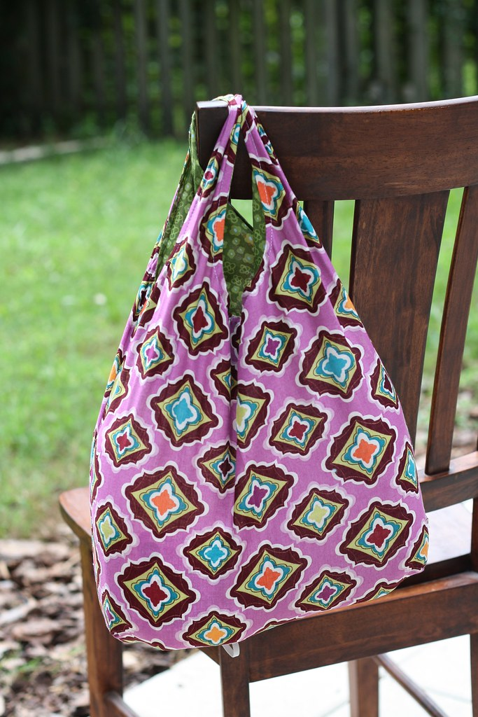 Stitched By Crystal Tutorial Fat Quarter Reusable Grocery Bag With Free Pattern