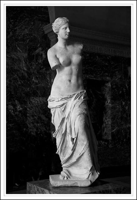 Louvre 9 (Venus de Milo)