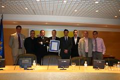 Miembros del ayuntamiento de Ermua Que fueron a recojer la Certificación: Jose Antonio, Clemente, Carlos Totorika, Roberto Tejada, Antonio Bernal y Sergio Diez