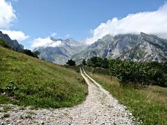 Path in the Picos (Ben Dunster) Tags: clouds de path naranja picnik sotres picosdeeuropa caires bulnes