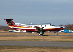 PILATUS PC-12-47 G-WINT (BIKEPILOT) Tags: flying airport aircraft aviation airfield blackbushe gwint pilatuspc1247 eglk