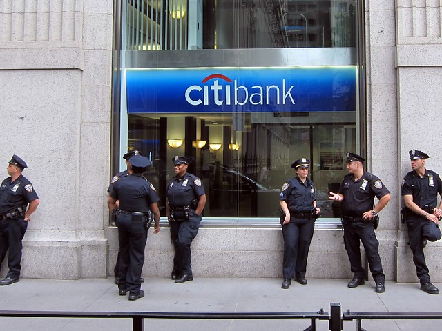 Occupy Wall Street: NYPD guarding Citibank